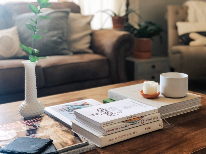 My top coffee table titles (plus styling and where to start!) From Lauren Carter @laurennoelcarter and TheGuestRoom.blog